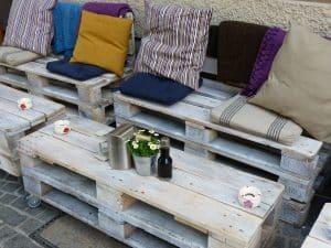 Jardin tendance déco : Fabriquer un salon de jardin en palette