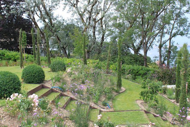 Aménager un jardin en pente - Tout Jardin Direct